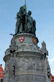 Памятник Питеру де Конинку и Яну Брейделю