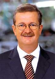 Шеф автомобильного завода «Порше» Венделин Видекинг