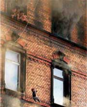 Дым от пожара в Людвигсхафене еще не развеялся...