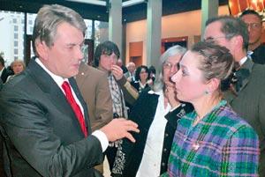 В. Вагизова беседует с президентом Ющенко о судьбе крымских татар