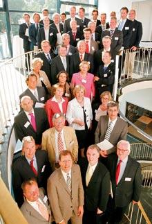 Представители фирм и организаций, подписавших 'Хартию многообразия'