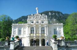 Замок-дворец Linderhof