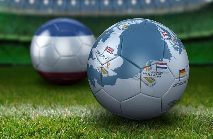 футбольный мяч с картой Европы