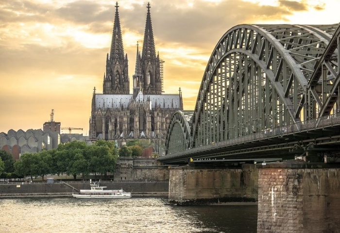Кёльнский собор и мост