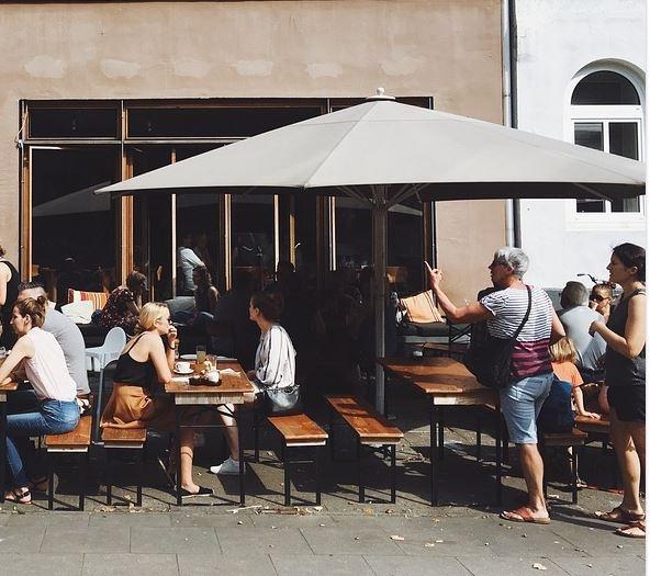 внутренний дворик ресторана