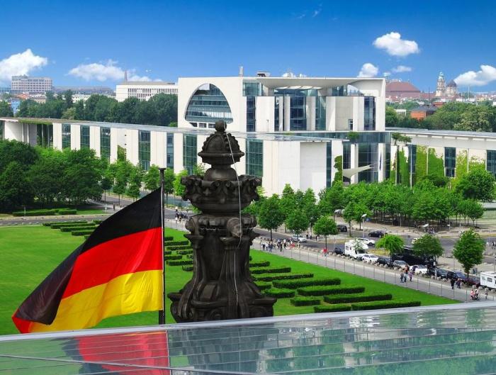 резиденция канцлера Германии
